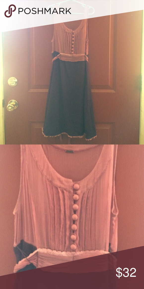 Free People maroon and pink dress size small This sweet size small Free People dress has a transparent ruched top, decorative buttons, and a warm skirt. Lace trim and ties deck this dress out for a good time. Some threads are a little loose in the top. Free People Dresses Midi