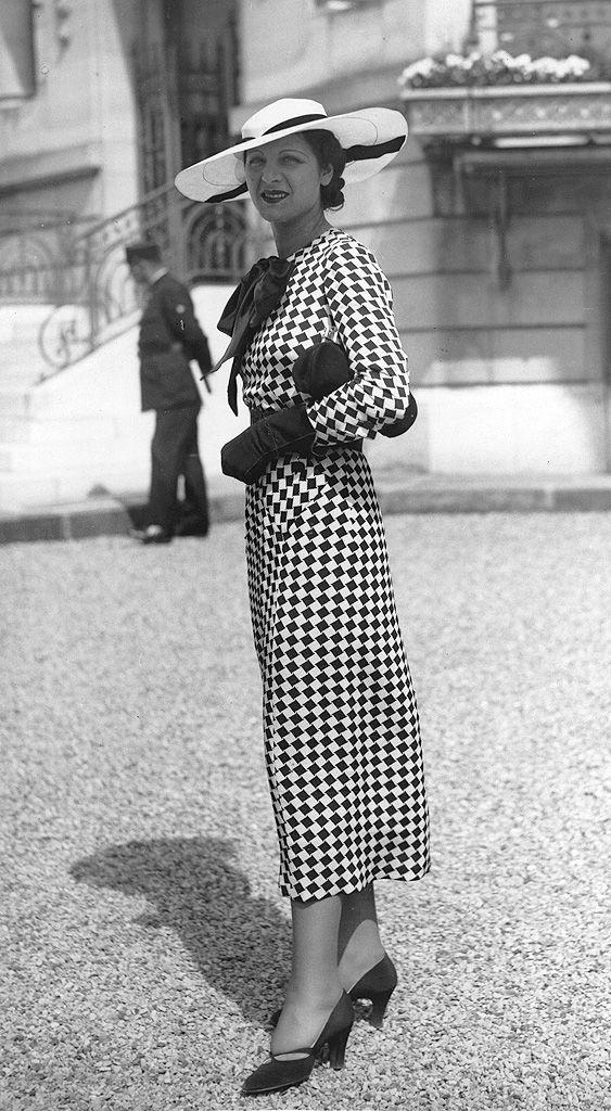Mode ann es 30 chapeau on s 39 inspire de la mode des - Vetement femme annee 20 ...