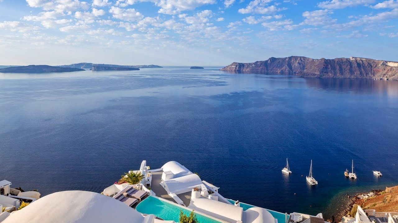 Top 10 5 Star Luxury Hotels Resorts For Romance In Santorini