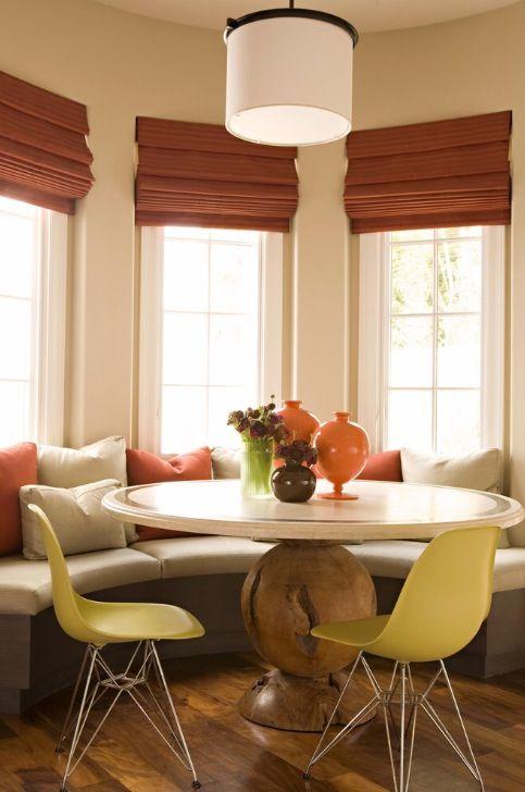 Beautiful Neutral Breakfast Nook Curtesy Houzz Dining Room Window Treatments Dining Room Windows Dining Nook
