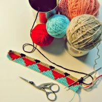 De Estraperlo: Tapestry Crochet small triangles