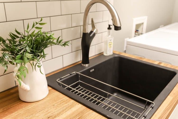 Pin By Blanco America On Lovely Laundry Rooms Laundry Room Sink