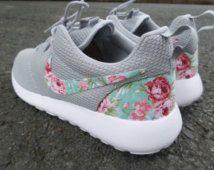 fb1bc74e90a3 nikeybens on   women nike   Pinterest   Flache Schuhe, Schuhe and ...