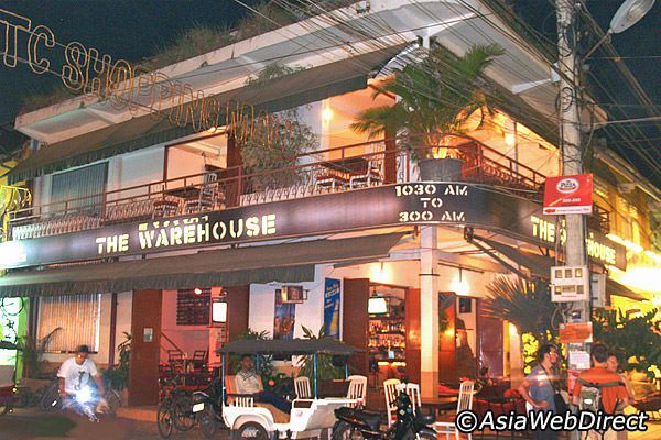 The Warehouse: Siem Reap Nightlife - What to Do at Night in Siem Reap