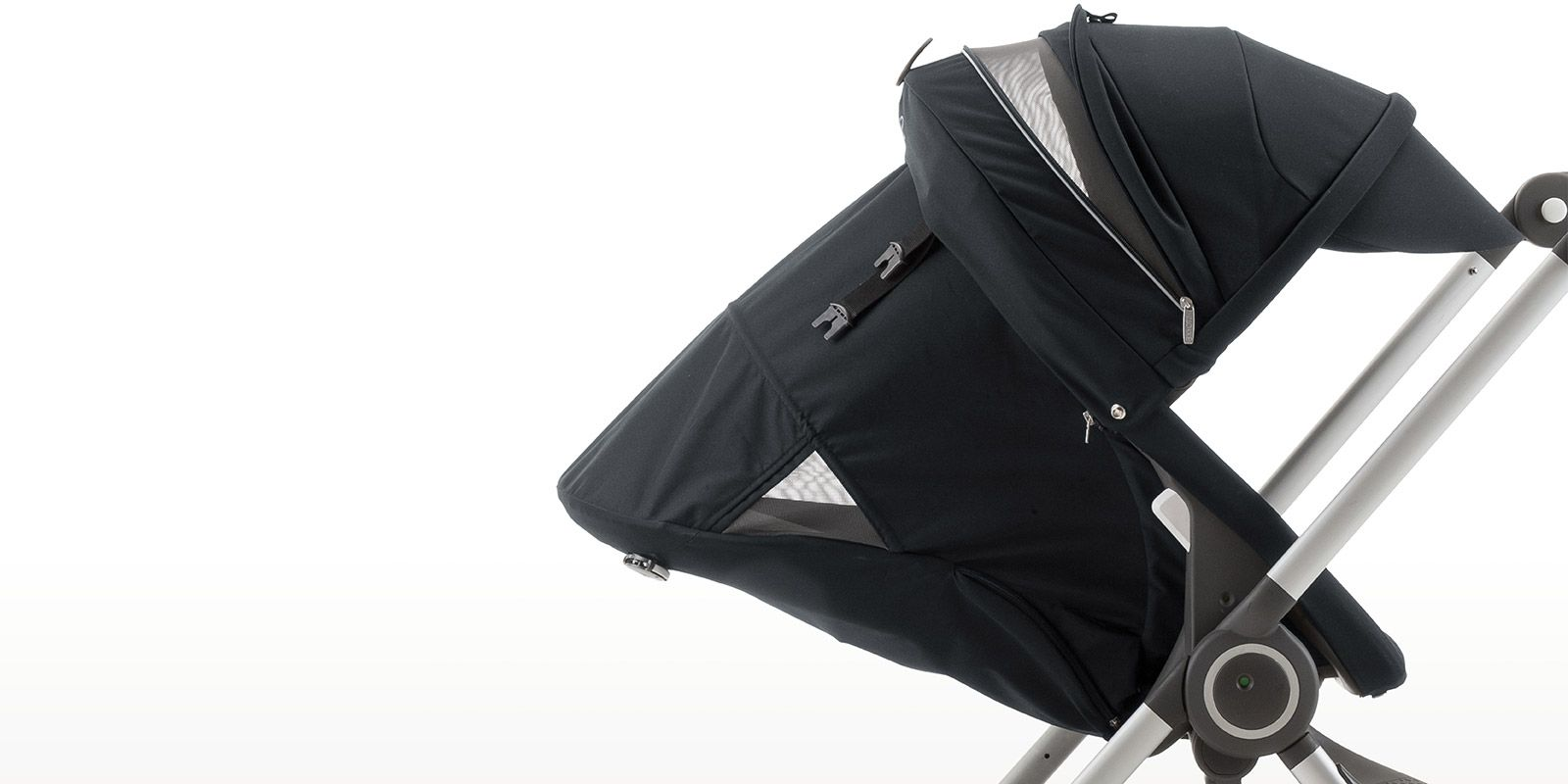 For Autumn 2014, Stokke introduces new features to our smart, urban stroller Stokke® Scoot™.