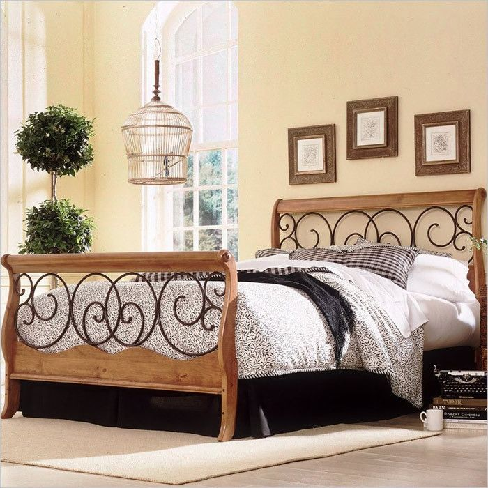 Queen Metal And Wood Sleigh Bed In Autumn Brown Honey Oak Finish