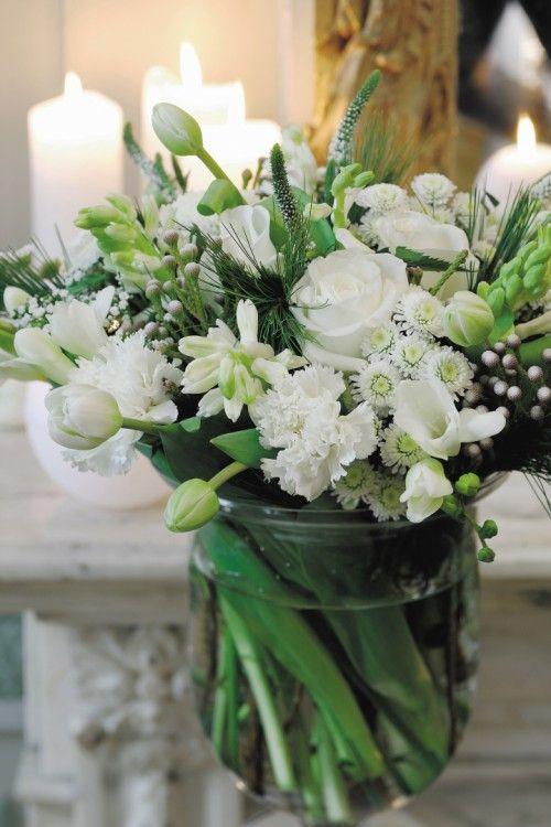 Groen wonen | Haal de lente in huis met bloemen, laat je inspireren op Stijlvol Styling.