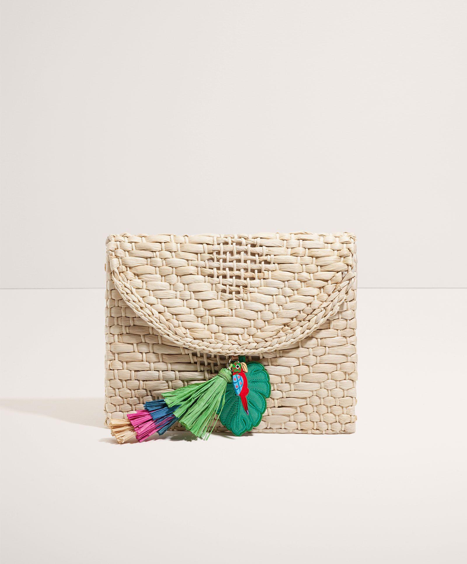 Tropical raffia clutch | Oysho | Woven bag, Knitted bags