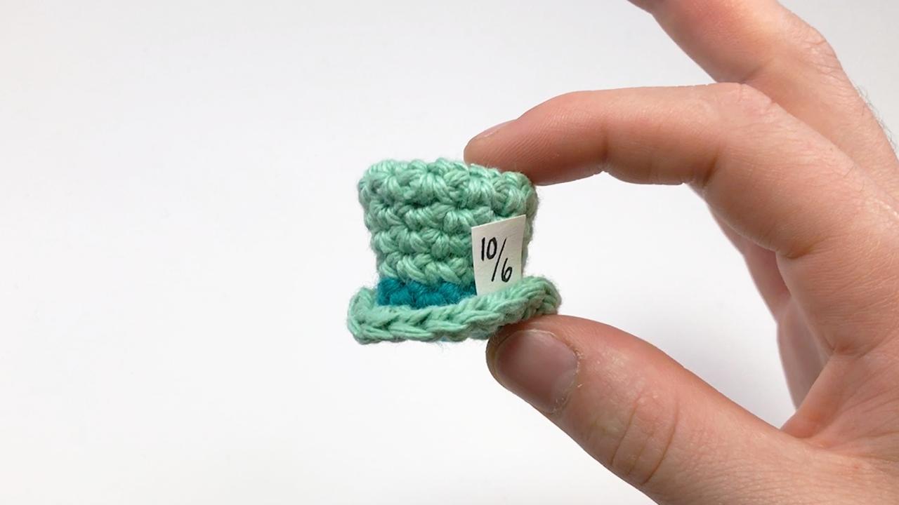 Mini Top Hat by Louis Mensinger | free pattern crochet | Pinterest ...