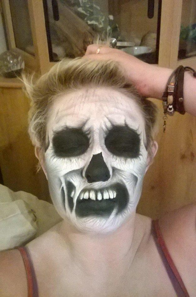 This Care Worker\u0027s Face Paintings Are Incredible And Truly - terrifying halloween costume ideas