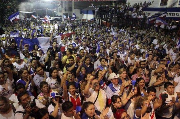 Sánchez Cerén se declara ganador de las elecciones en El Salvador   USA Hispanic PressUSA Hispanic Press