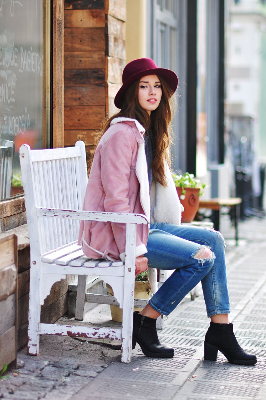 Skinny Liar / Pink suede jacket //  #Fashion, #FashionBlog, #FashionBlogger, #Ootd, #OutfitOfTheDay, #Style
