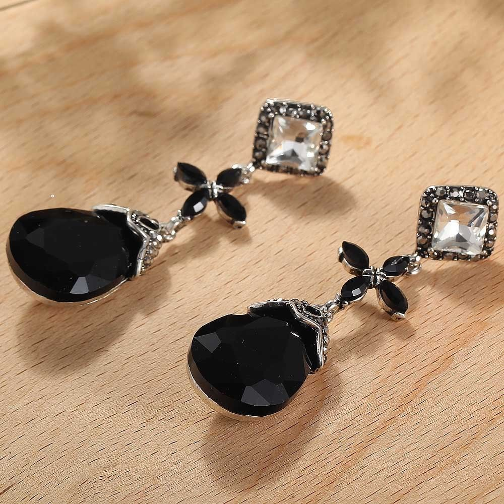 stud john greed women black earrings crystal zoom pilgrim jewellery