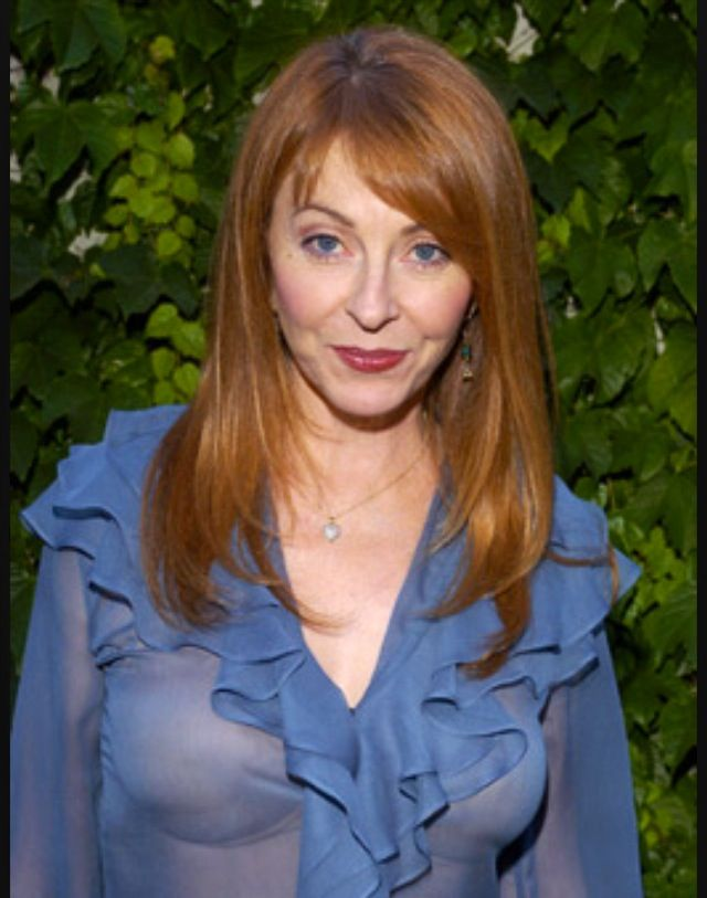 Cassandra Peterson measurement
