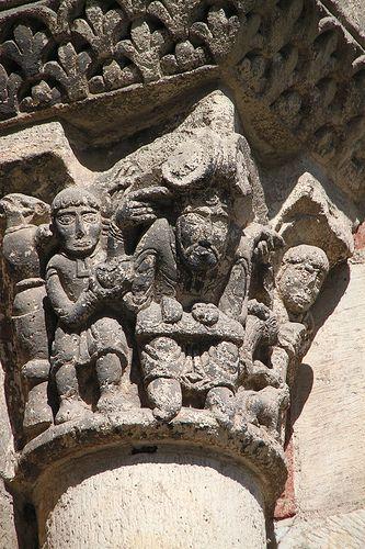 Basilique Saint-Sernin à Toulouse,capitel romanico.  Francia