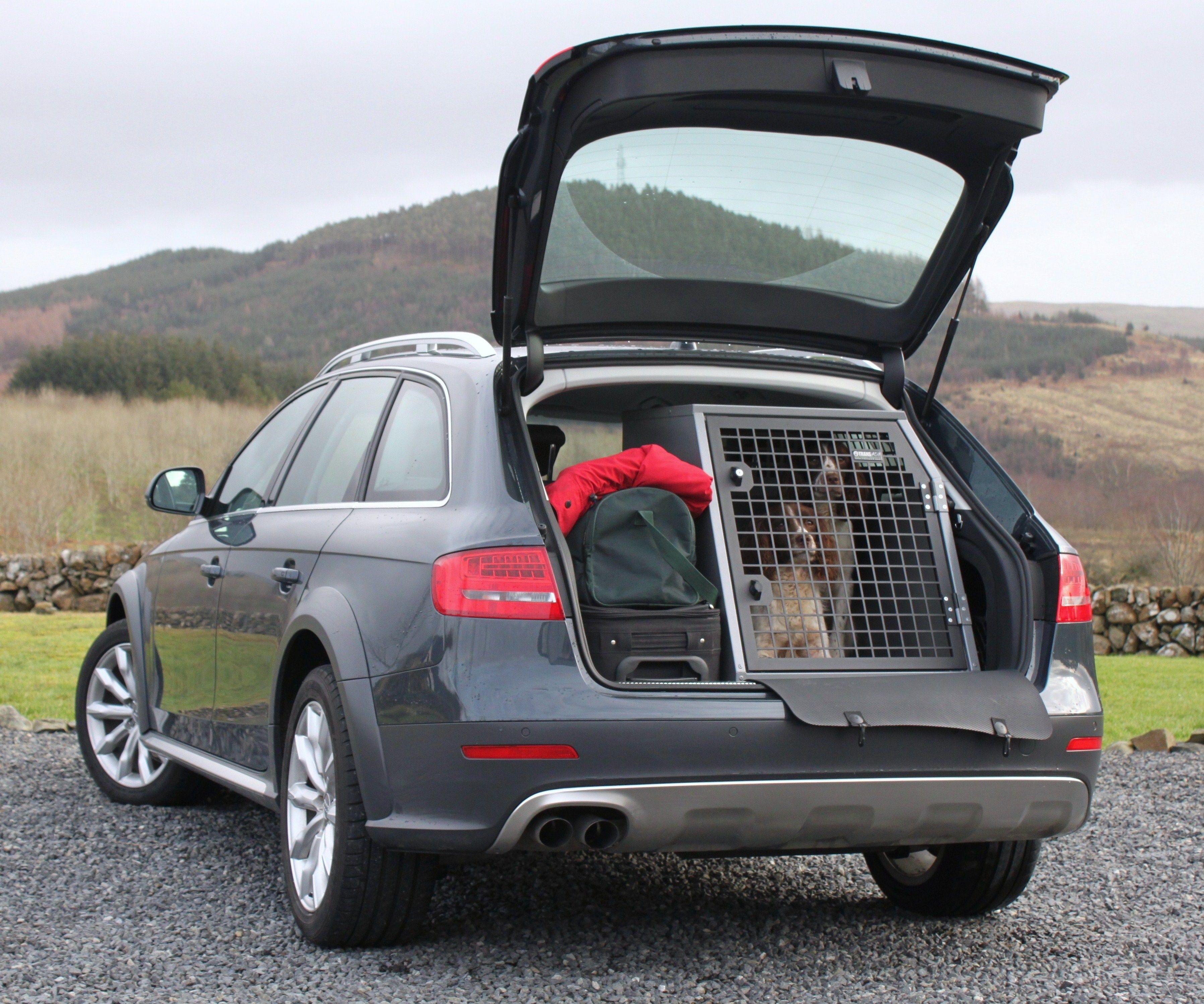 transk9 b23 audi a4 avant dog crate dog transit box dog. Black Bedroom Furniture Sets. Home Design Ideas