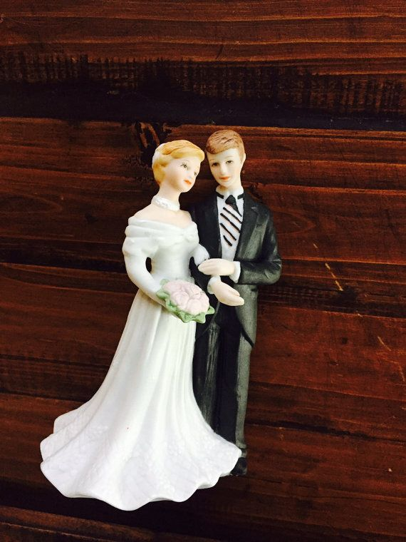 Bride And Groom Wedding Cake Topper Lefton 10633 by missenpieces