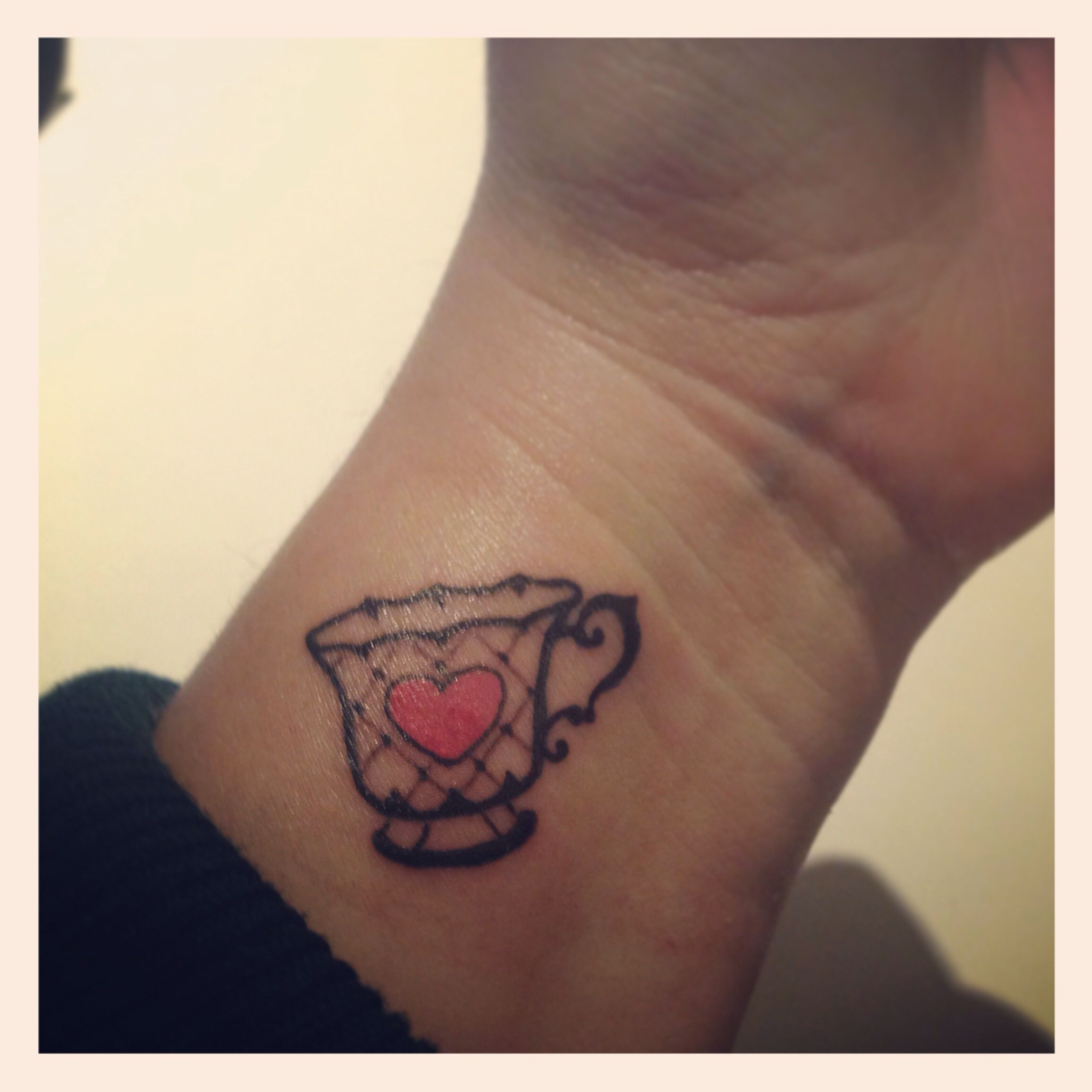 Loving My New Teacup Tattoo In Memory Of My Mum