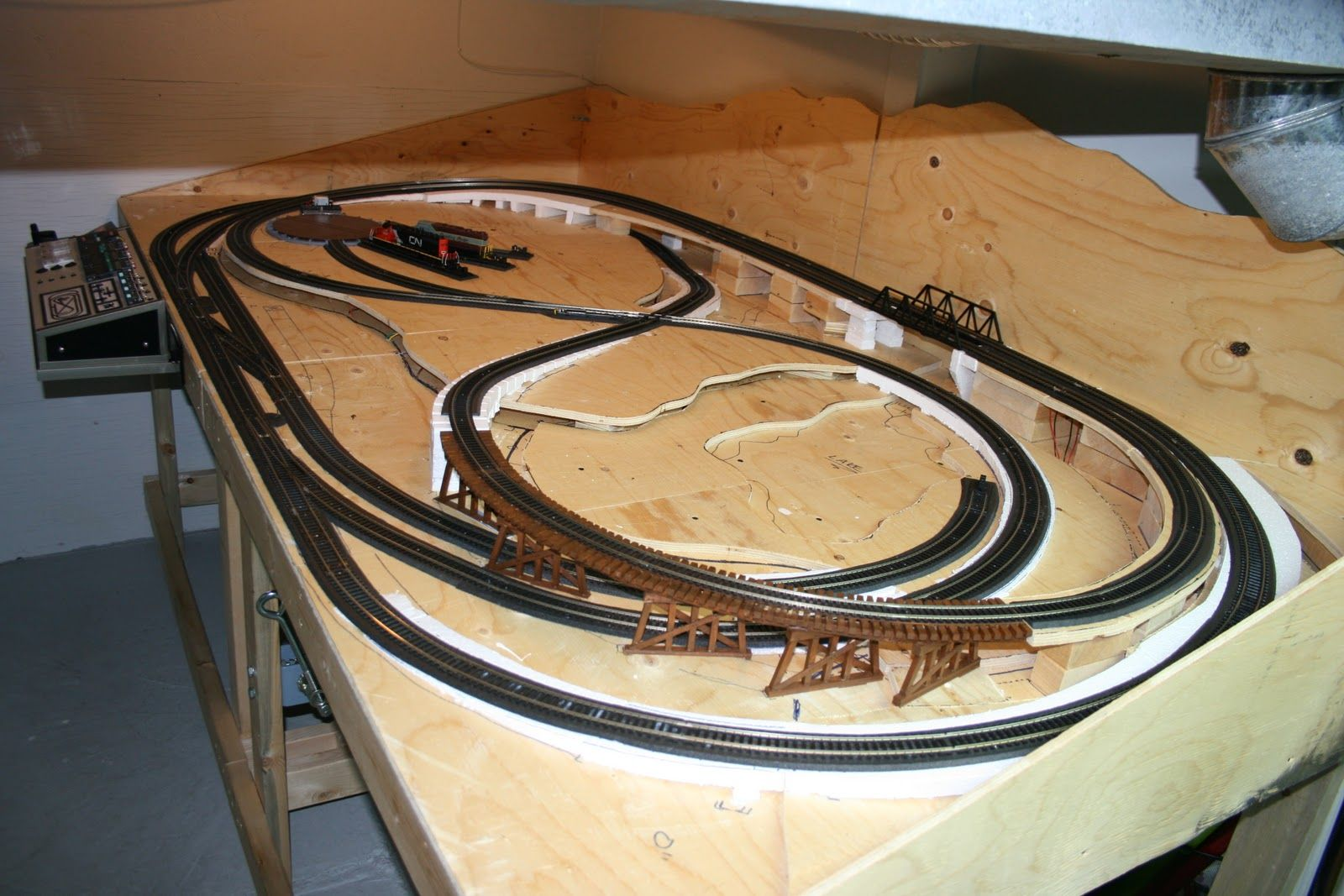 Afbeeldingsresultaat voor mountain ho train layouts treinbaan ontwerp pinterest - Ho scale layouts for small spaces concept ...