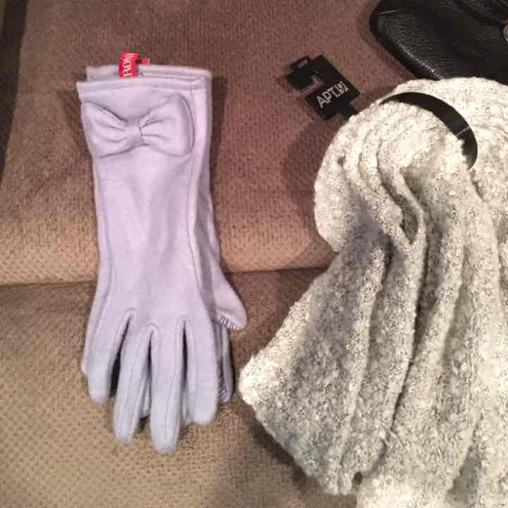 NEW! Merona gloves ♥️free shipping - Mercari: Anyone can buy & sell
