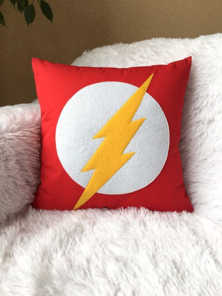 Flash pillow cover 16x16 handmade superhero gift Flash emblem Superhero fan gift Boys Bedroom decor #superherogifts