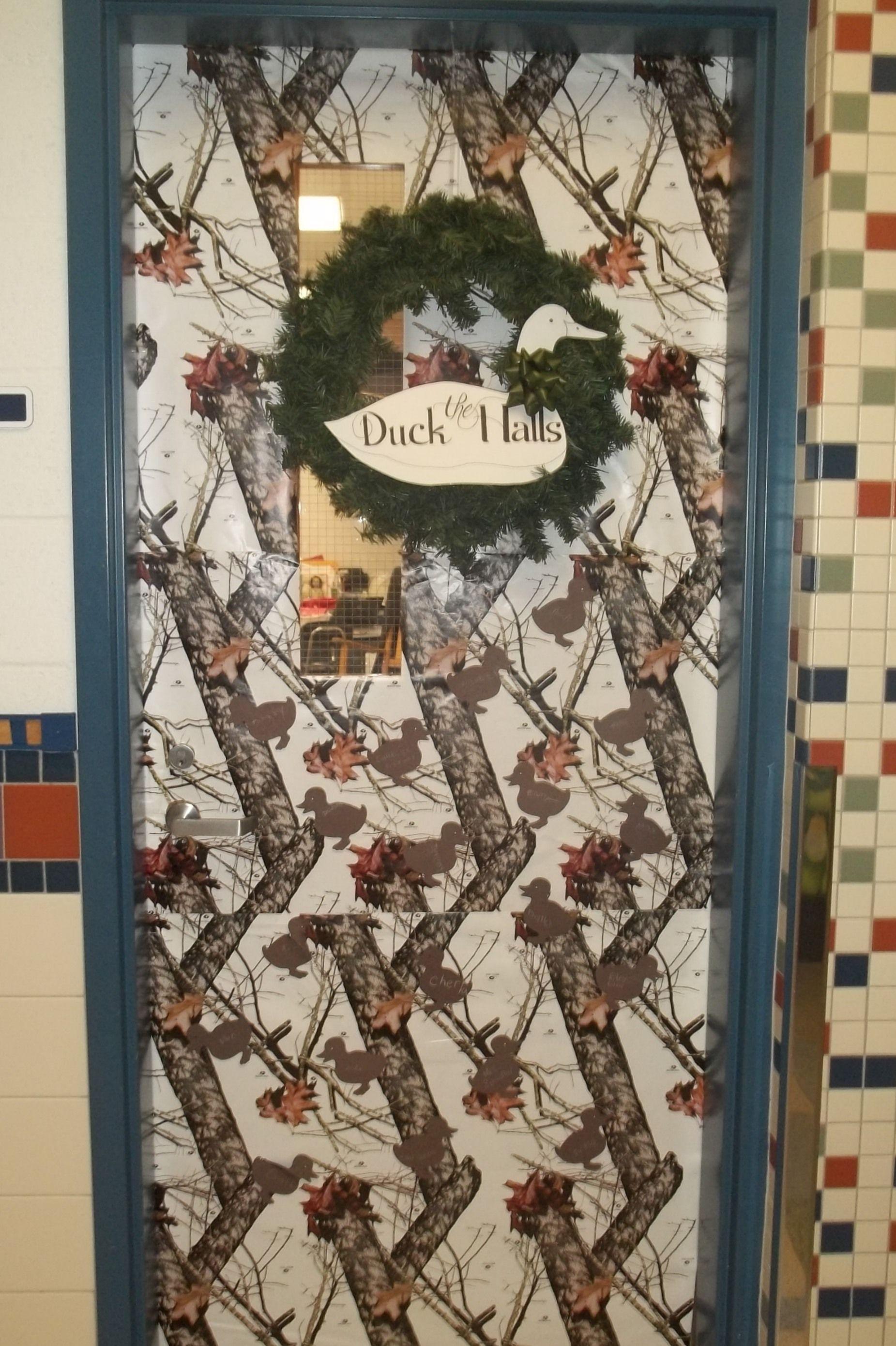 Winter Classroom Door- Duck