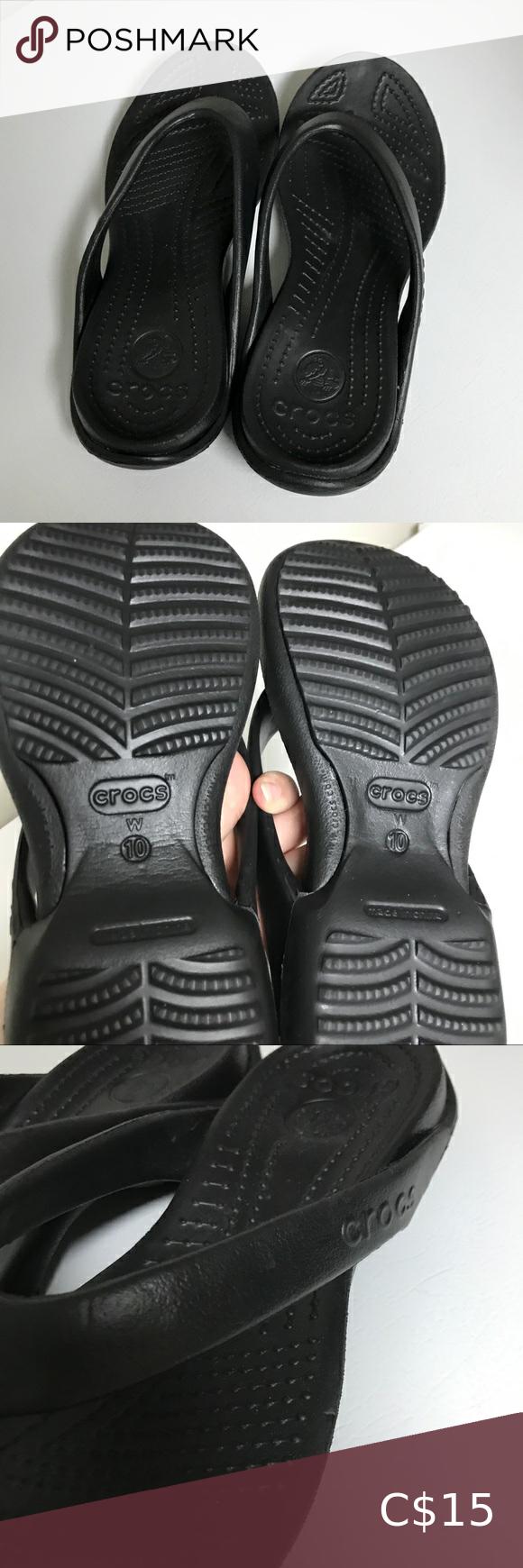 Crocs sandals / tongs / flip-flops for