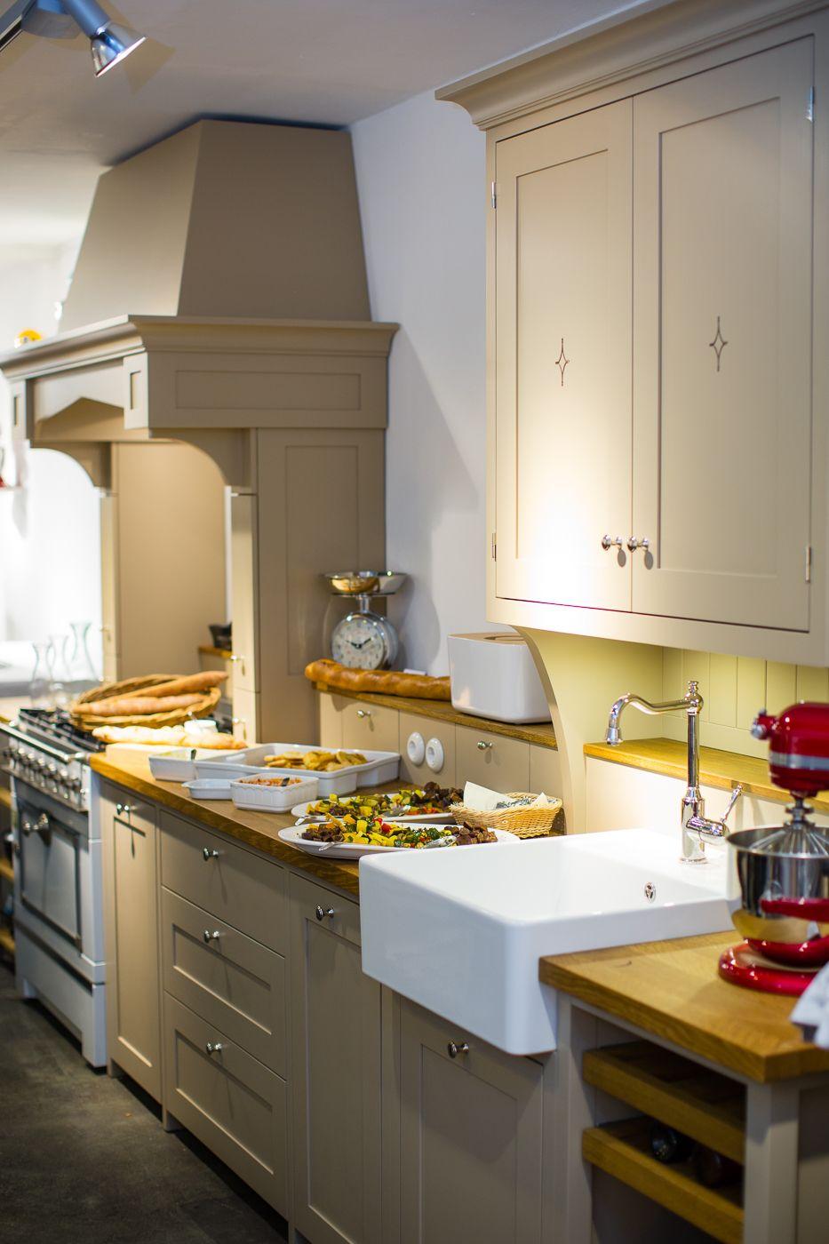 Schön Shaker Stil Küchentüren Uk Fotos - Ideen Für Die Küche ...
