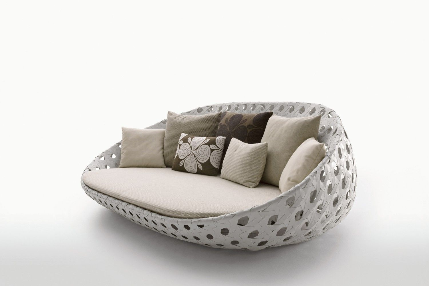 Canasta Circular Sofa By Patricia Urquiola For Bu0026B Italia   | Space  Furniture | Space Furniture Great Pictures