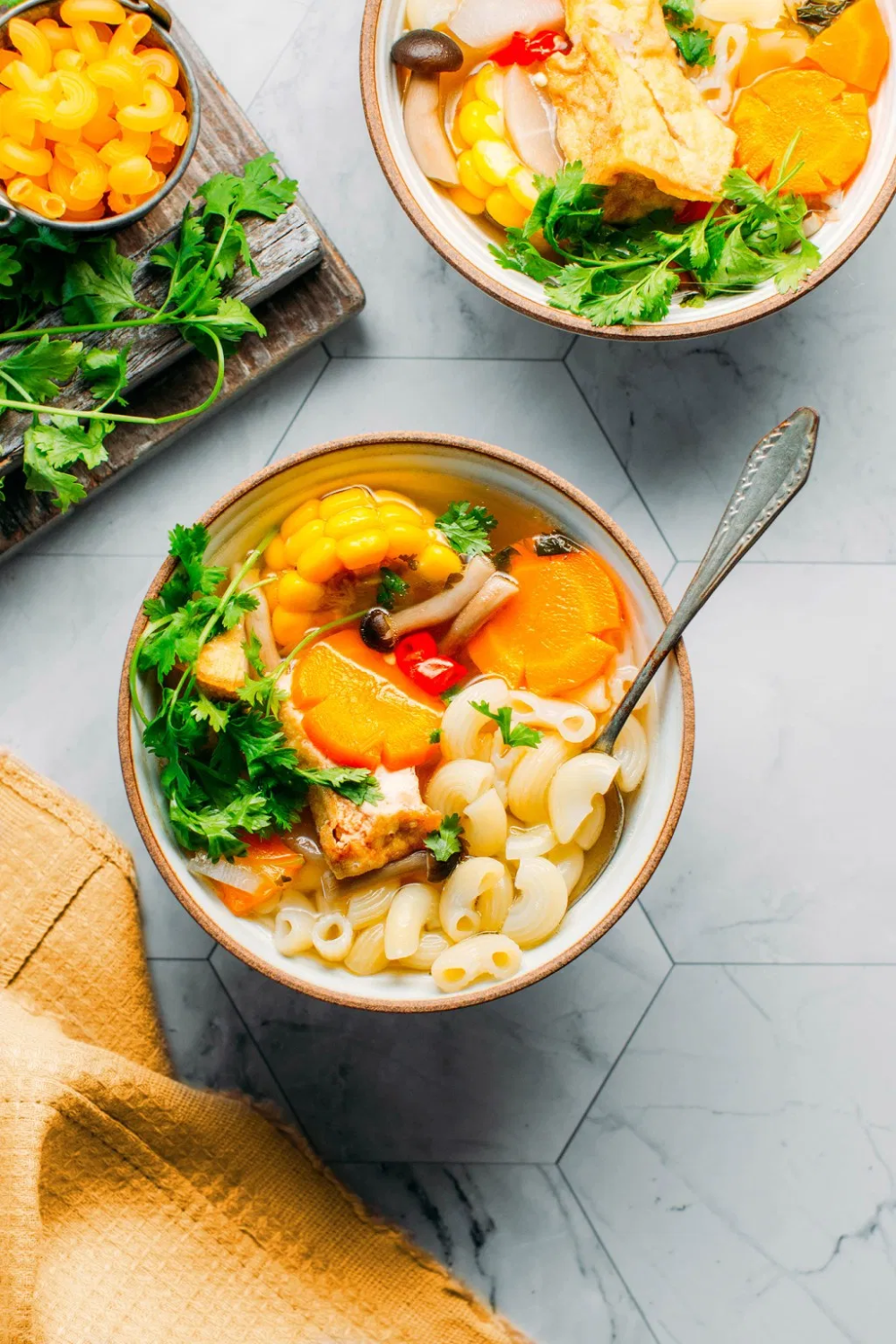 Vietnamese Inspired Soup That Comes With Sauteed Mushrooms Carrots Tofu And Cilantro Rich Healthy And So Flavor In 2020 Vegetarian Soup Veggie Soup Soup And Salad