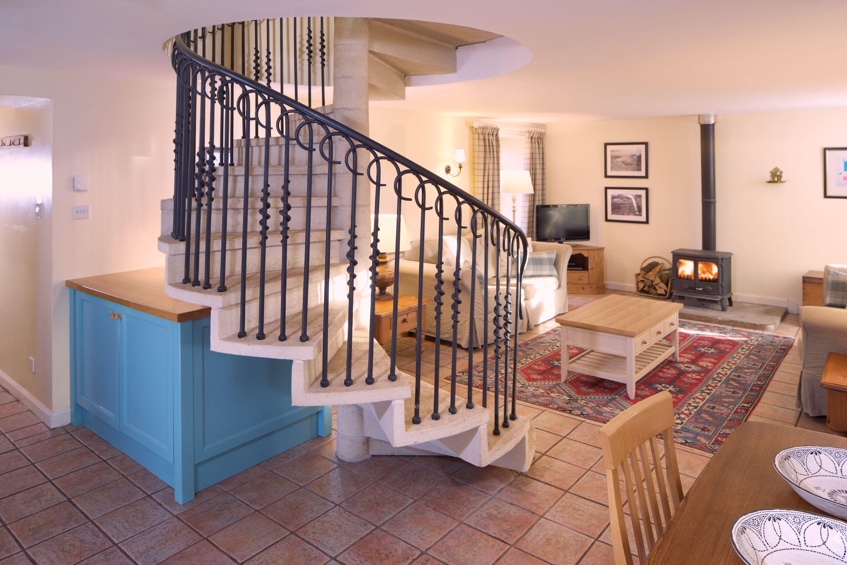Luxury Hilltop Holiday Cottage In The Pentland Hills Regional Park Near Edinburgh Country