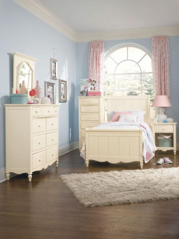 Awesome Children Bedroom Furniture Design Lovely Adorable And Classic Kids Bedroom Design Idea In White Picture Kids Bedroom Designs Kids Bedroom Furniture Kids Bedroom