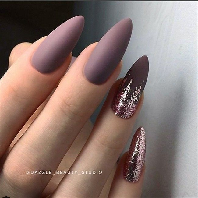 30 Cute Almond Shaped Nails Colors You Won T Resist Mauve Nails Almond Acrylic Nails Almond Nails Designs