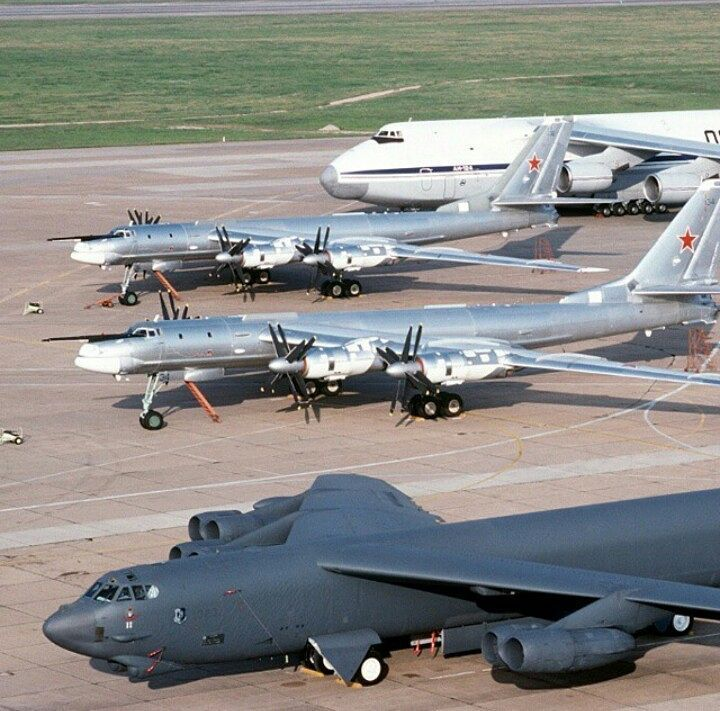 B52 Alongside Tu 95s An 124 In The Background Planes Fighter