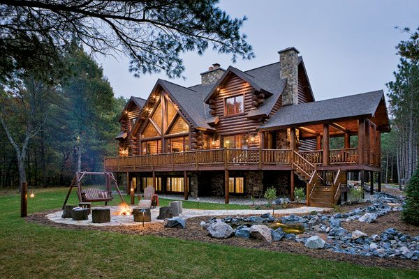 Etonnant Logs Make The Difference: A Waterfront Retreat In Wisconsin