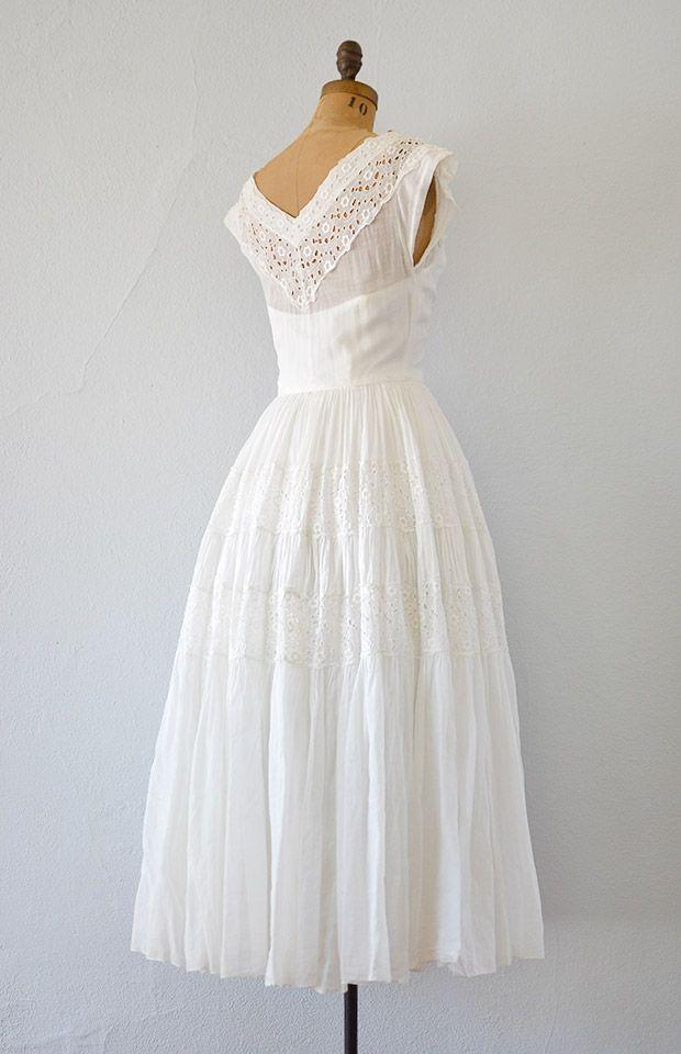 vintage 1940s white eyelet wedding dress - Click Image to Close ...