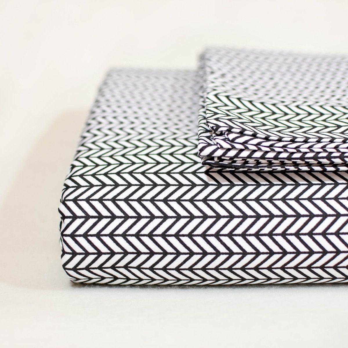 Herringbone sheet set in black herringbone sheets