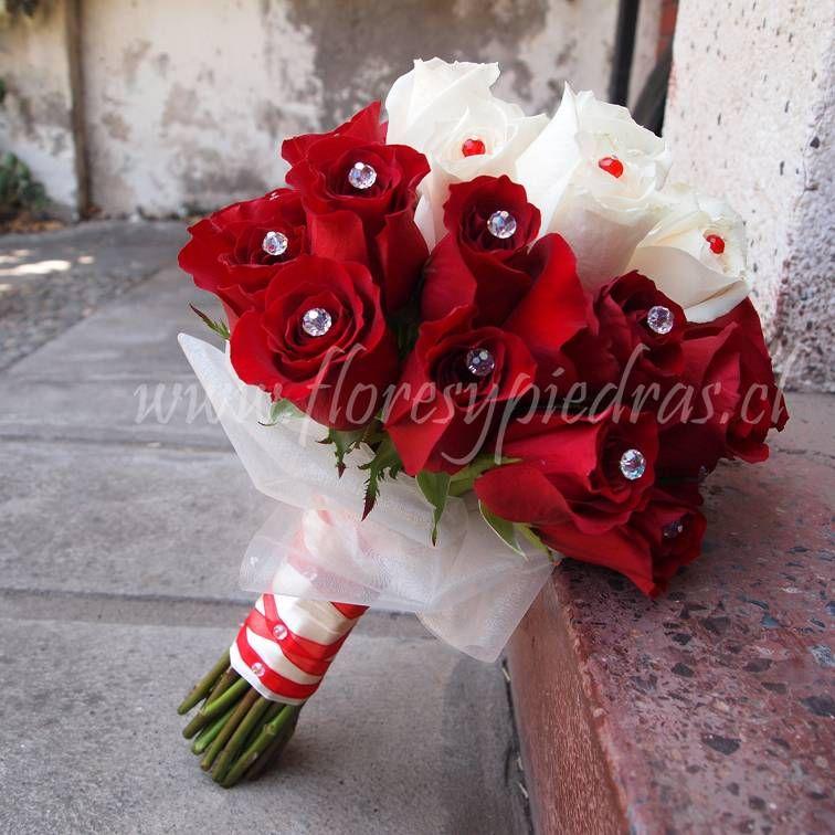 clsico rosas blancas y rojas ramo elegante para novias disea tu ramo