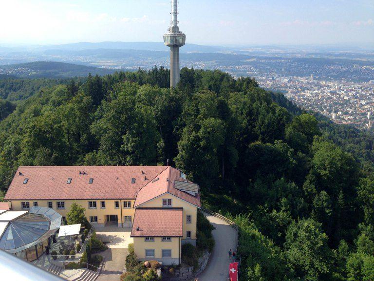 Great view from the Uetliberg. Photo by fork&talk  Ferienwohnung oder Apartment zu vermieten in Zürich! >> http://www.imsonnenbuehl.com .