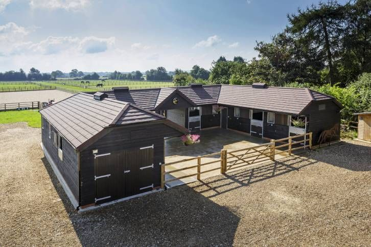 Yard Designs For Horses: A Lovely U-shape Stable Yard Designed To Meet The Needs Of