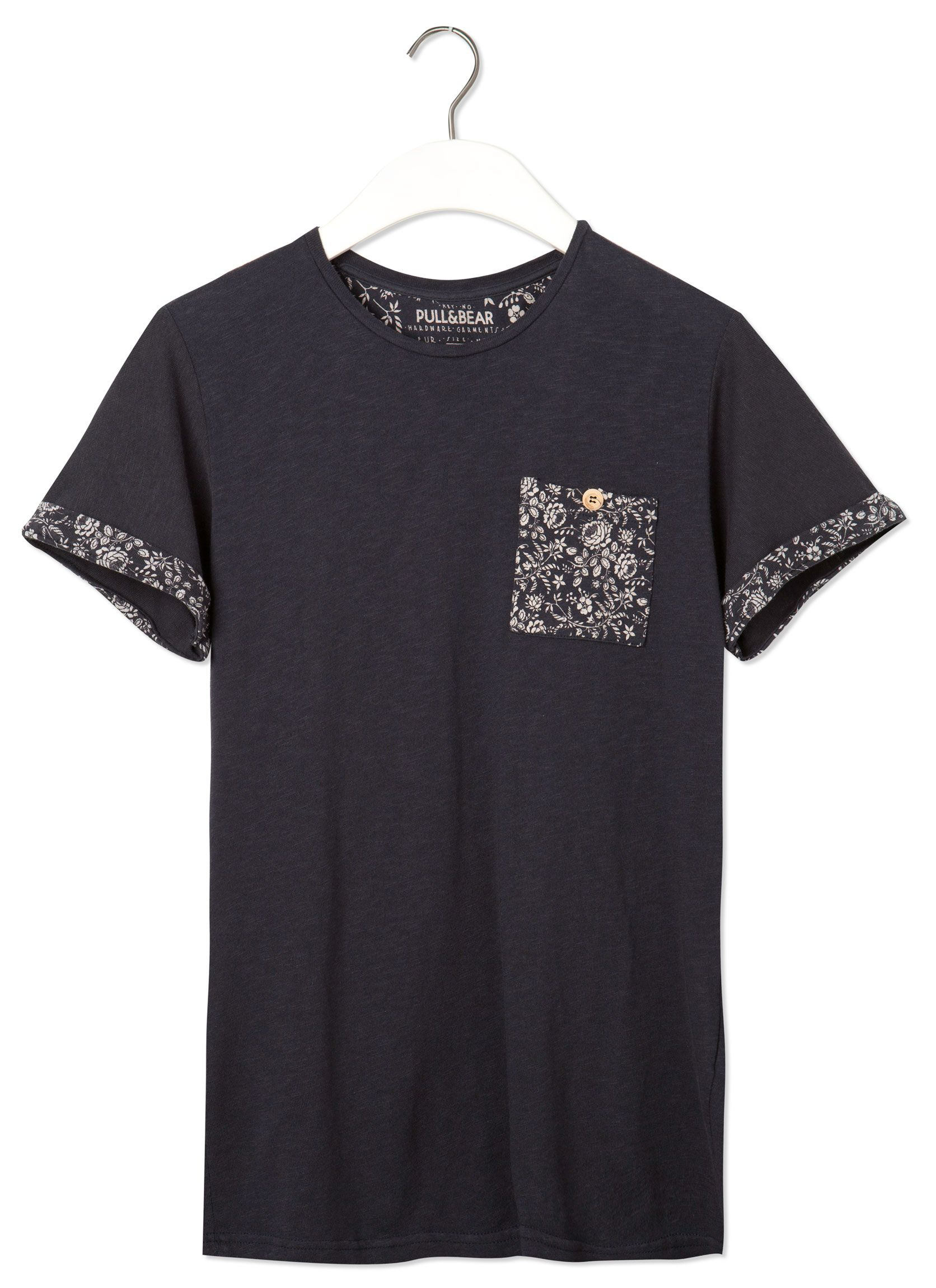 0215d1965f18e3 Pin by Giovani Rufino on T-shirts