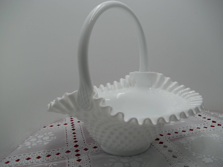 Vintage 9 1 2 Fenton Hobnail Milk Glass Candy Bowl Basket W Handle Crimped Edge Whitecloudantique Etsy Com Hobnail Milk Glass Glass Candy Bowl Milk Glass