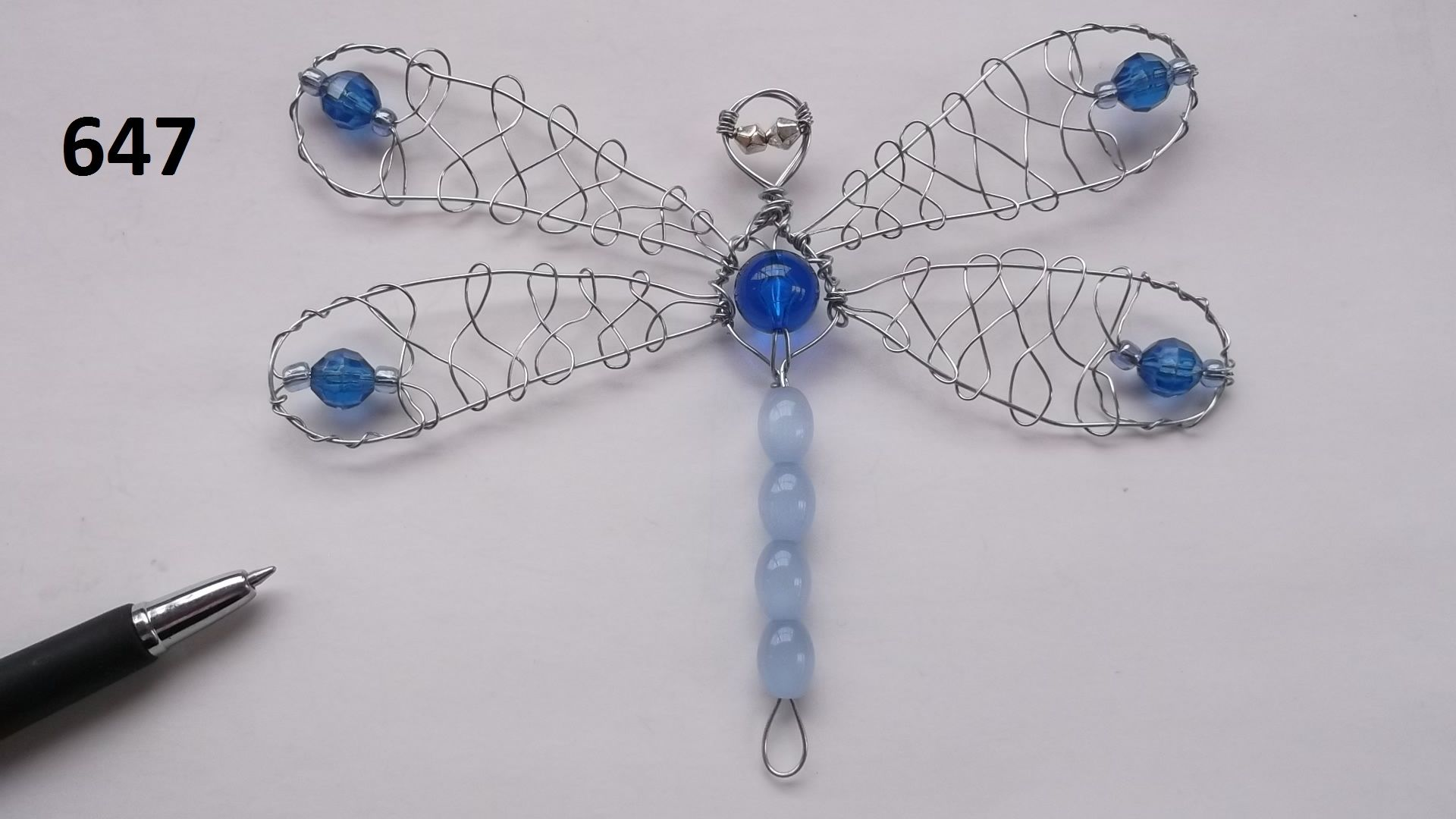 No.647 - an interesting design Dragonfly BeadBug - Wire and Bead ...