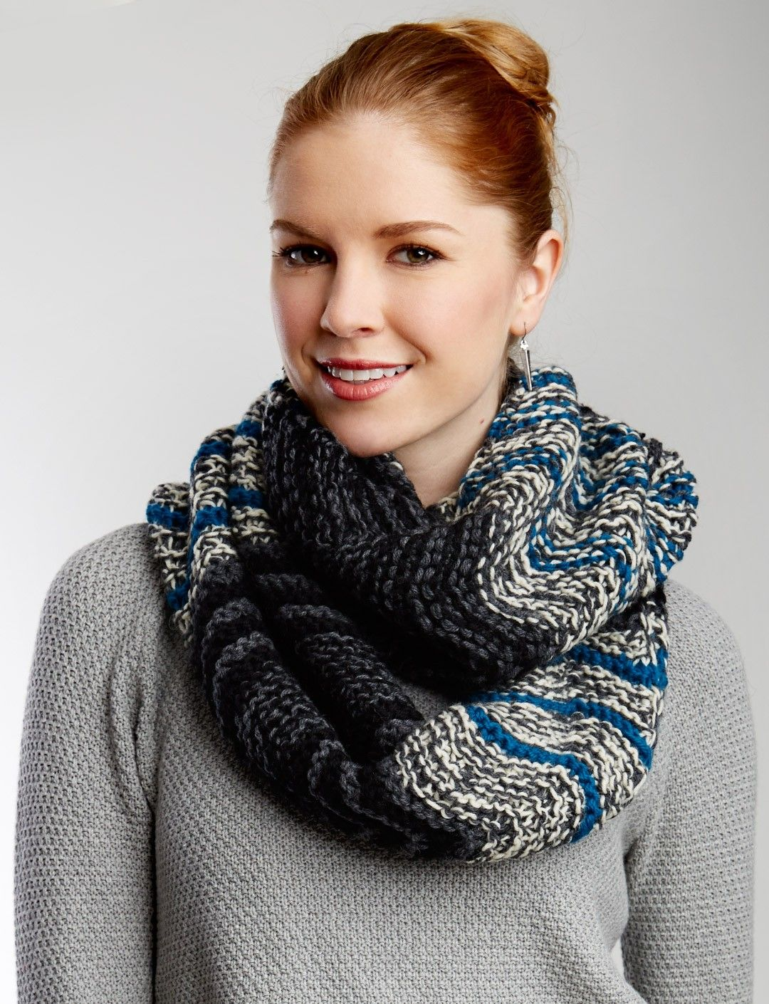 Beautiful Paton Yarn Free Knitting Patterns Illustration - Blanket ...