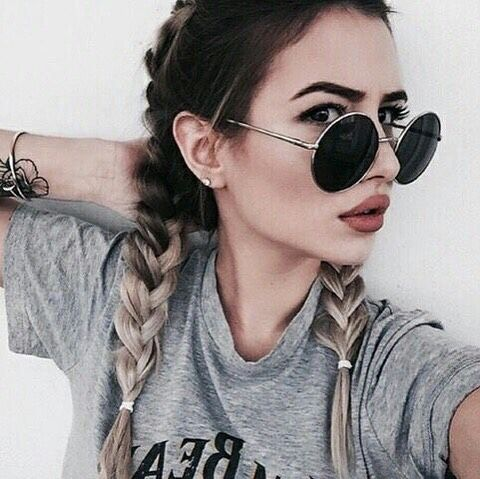 Simple Braid hairstyle for teens