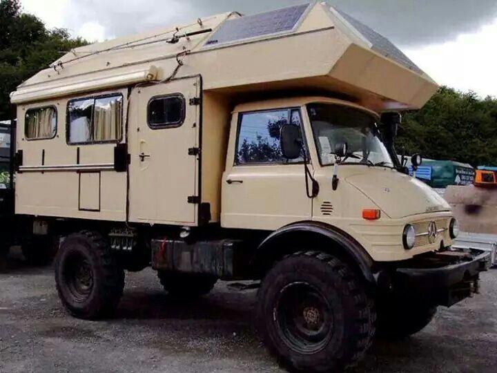 unimog camper trucks pinterest camping car van camping car et caravane. Black Bedroom Furniture Sets. Home Design Ideas