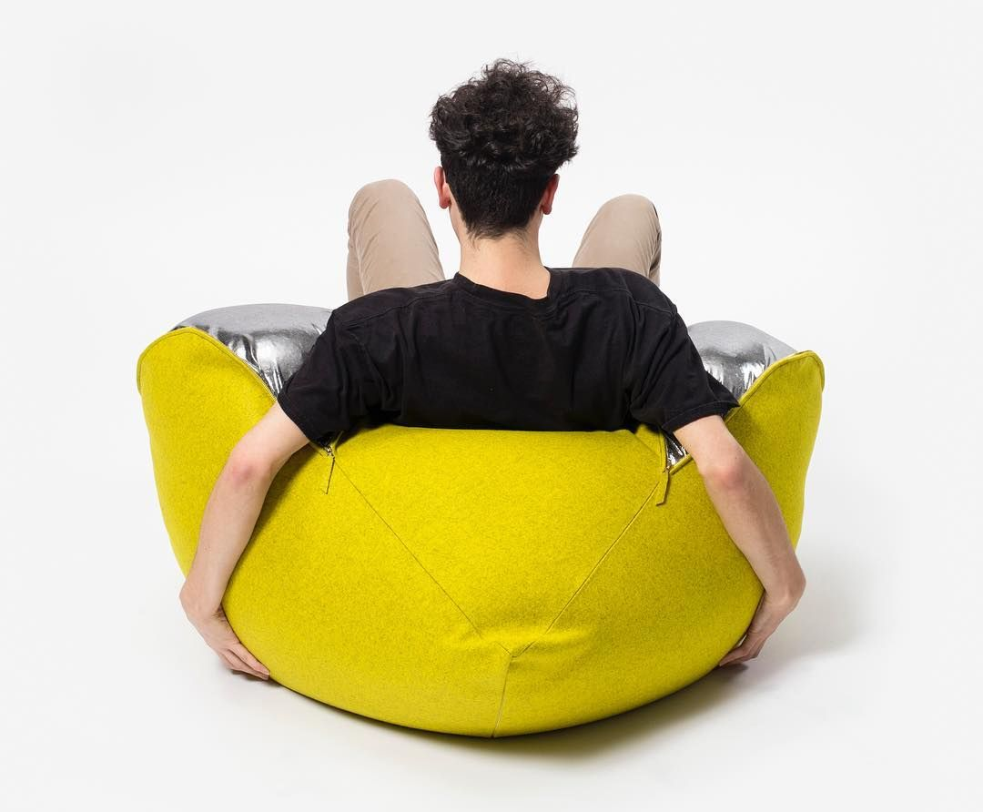 With the pull of a zipper Chinhua Lin's (MDDO 2016) bean bag chair morphs from structured poof to lounger. #SAICwhatnot #SAICinMilan #MilanDesignWeek #salonedelmobile #rossanaorlandi #saic150 #milanoboom by saicpics