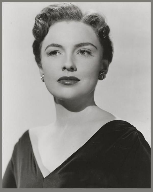 Joan LESLIE (1925-2015) * AFI Top Actress nominee > Active 1934–91 > Born Joan Agnes Theresa Sadie Brodel 26 Jan 1925 Michigan > Died 12 Oct 2015 (age 90) California > Other: Dancer, Vaudevillian > Spouse: Dr. William G. Caldwell (1950-2000, his death) > Children: 2. Gave much time to humanitarian work. Had a new career as a dress designer. Notable films~ Sergeant York, High Sierra, Yankee Doodle Dandy. Photo 1946