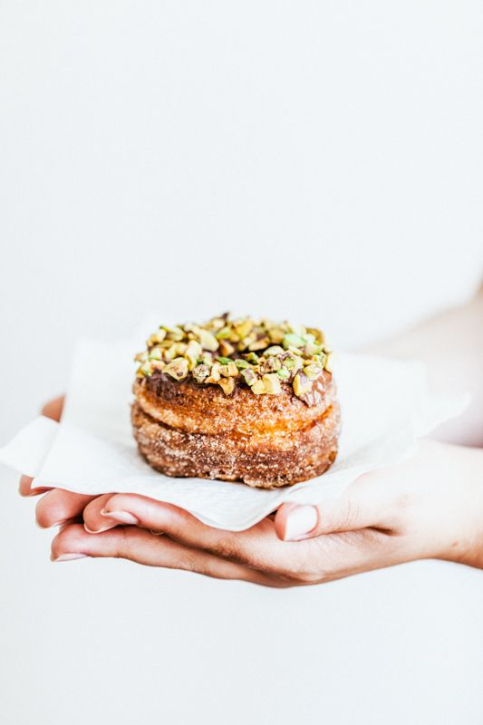 thouswell:delta-breezes:  Cronut{Donut-Croissant} | She Cooks Because He Likes   Sounds alright