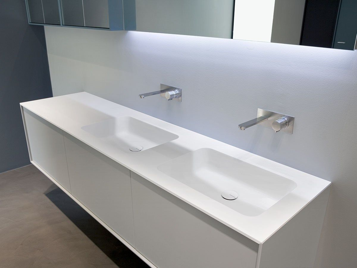 Encimera de lavabo de corian arco by antonio lupi design dise o nevio tellatin decoraci n - Encimera corian ...